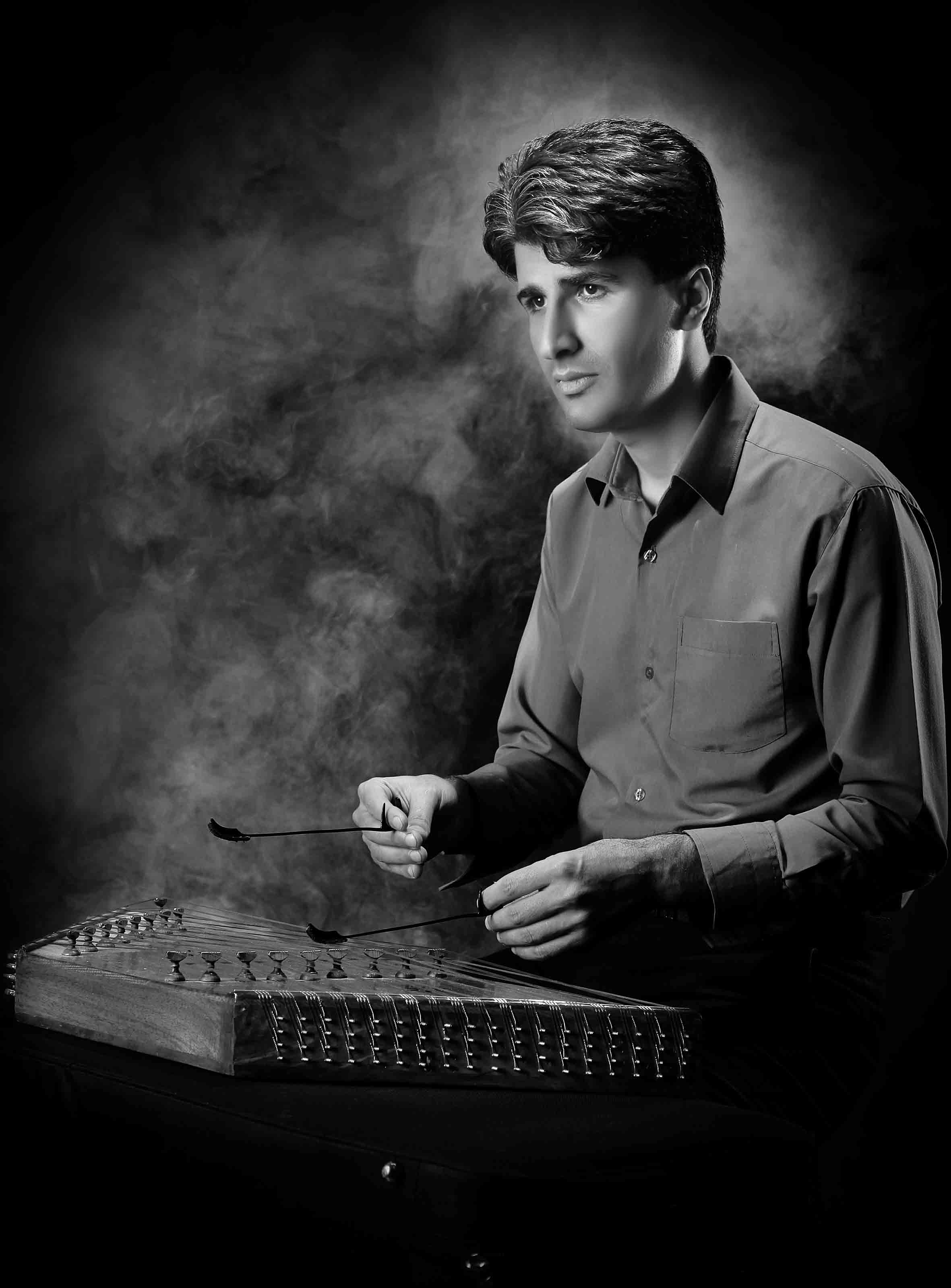 تصنیف قدیمی سیاهی شب.تنظیم برای دو سنتور و اجرا : محسن غلامی