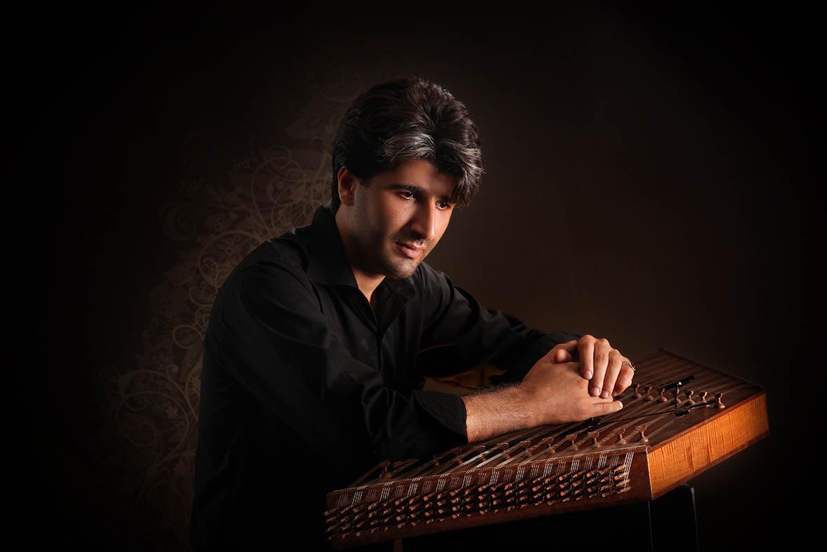 اجرا و تنظیم برای سنتور  و پیانو و گیتار بیس : محسن غلامی